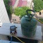 В каких случаях требуется заправка кондиционера фреоном?